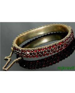 Gold Filled Rose Cut Bohemian Garnet Three Row Hinged Victorian Bracelet