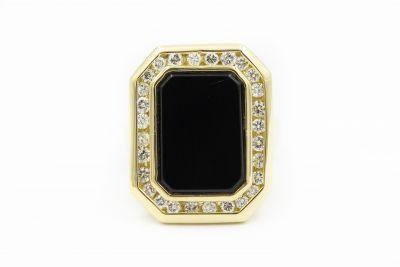 Estate Yellow Gold Diamond And Onyx Ring