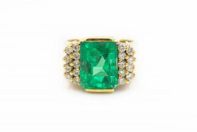 Estate Yellow Gold Diamond and Emerald Ring