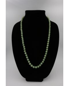 1950's Nephrite Jade and Yellow Gold Bead Necklace