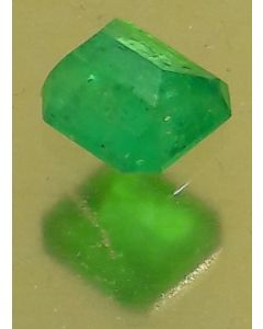 MK Loose Stone; Green Emerald 6.89cts