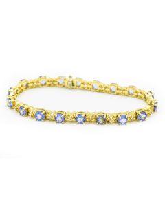 Contemporary Yellow Gold Diamond and Tanzanite Bracelet