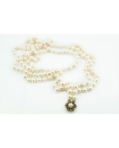 Pearl and 14k Yellow Gold Necklace